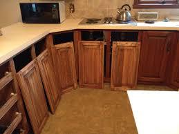 teindre armoire de cuisine armoires de cuisine en bois massif orme