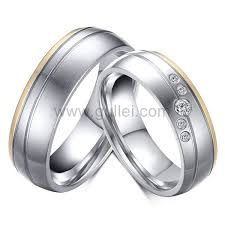 matching wedding band sets custom engraved matching his and hers titanium wedding bands set