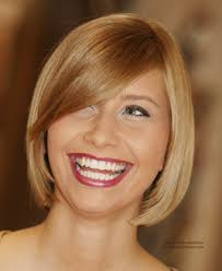 blunt cut bob hairstyle photos blunt cut bob hairstyle with a curved fringe and hair that moves