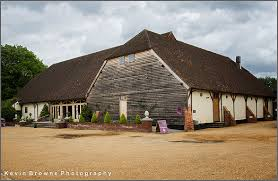 Rivervale Barn Wedding Prices Rivervale Barn Wedding Photography Louise And Tim Berkshire