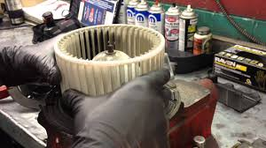 ford quick tips 7 removing a stuck on blower motor wheel youtube