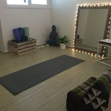 Zen Room Ideas by 1000 Ideas About Home Yoga Studios On Pinterest Home Yoga Room