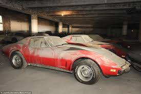 Man Buys Barn Full Of Cars 36 Corvettes Are Found Collecting Dust In A Garage After 25 Years