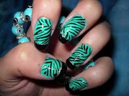 green and black cute nail designs