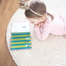 teppich kinderzimmer rund die besten 25 nepal teppiche ideen auf bällebad baby