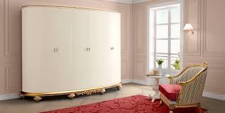 armoire de chambre design armoire design nouveau baroque en bois à porte battante