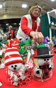annual country christmas craft show at viking hall offers shoppers