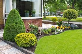 Ideas For Front Gardens Best 25 Small Front Gardens Ideas On Pinterest Front Gardens