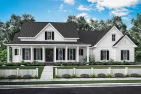 4 bedroom farmhouse plans modern farmhouse plans farm house floor plans