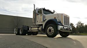 freightliner fld cars for sale