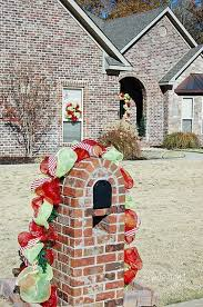 Mailbox Christmas Decor Ideas by 33 Best Mailbox Decorations Images On Pinterest Christmas Crafts