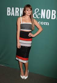 Barnes Nob Lea Michele At Barnes U0026 Noble In New York Hawtcelebs Hawtcelebs