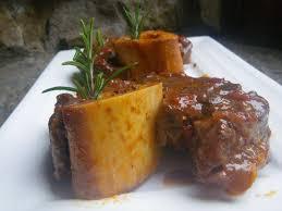 cuisiner jarret de boeuf recette peposo de boeuf 750g