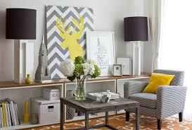 cheap living room decorating ideas apartment living apartment living room decorating ideas on a budget