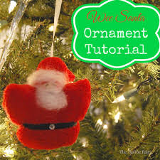 how to make wee santa ornaments the tiptoe