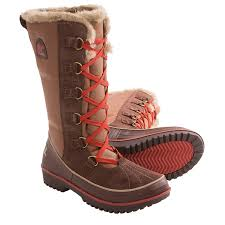 hiking boots s canada reviews sorel s tivoli high winter boots reviews mount mercy