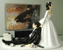 dragging groom cake topper a collection of hilarious wedding cake toppers neatorama