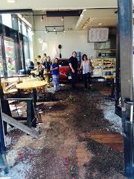 2 injured when car drives into st louis park restaurant wcco