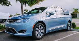 chrysler pacifica plug in hybrid review cleantechnica exclusive