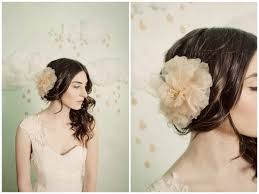 wedding flowers in hair modern style wedding flowers for hair with small flowers for
