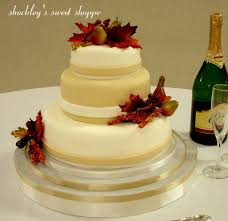 shockley u0027s sweet shoppe fall themed cream u0026 beige wedding cake