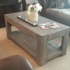salvaged pallet coffee table in vintage 101 pallet ideas