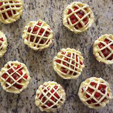get ready for thanksgiving thanksgiving cherry pie cupcakes u2013 little lee book