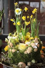 Easter Home Decorating Ideas 16 Easter Centerpieces With Egg Shell U2013 Cheap Spring Holiday Party