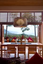 Steep Slope House Plans Casa Flotanta Modern Architecture