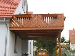 carport mit balkon anbaubalkone mit unterstellplatz balkonanbau auf stutzen