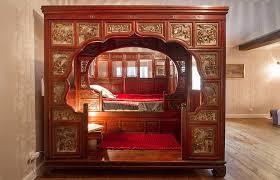 chambre chinoise gîtes en charente maritime château de puyrigaud