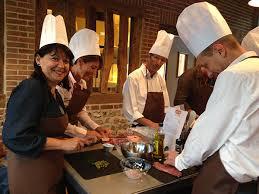 cours de cuisine en groupe cours de cuisine entreprise after work cooking eat sentive