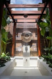 outdoor bathrooms ideas 201 best outdoor showers images on outdoor showers