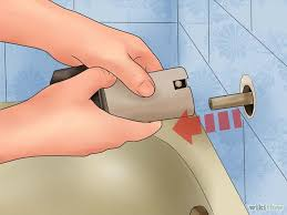 How To Fix Bathtub Faucet How To Fix A Leaky Bathtub Faucet Removing The Spout From A