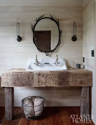 small rustic bathroom ideas best 25 small rustic bathrooms ideas on rustic