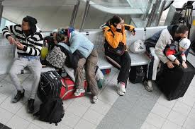 annoying people at airports and their 18 most rude habits cnn travel