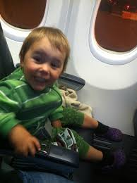 Kids Lap Desk For Car by My Top 10 Tips For Surviving A Long Haul Flight With Children