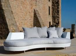 halbrundes sofa halbrundes sofa modern für außenbereich glasfaser by
