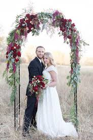 wedding arch leaves 30 winter wedding arches and altars to get inspired 18