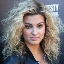 even hair cuts vs textured hair cuts spring hairstyles 2018 spring haircut and color ideas for short