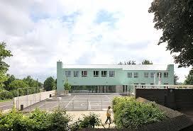 designboom green school dierendonckblancke colors belgian primary school in mint green