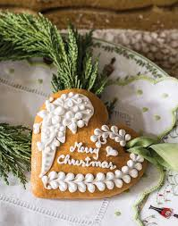 one artisan s decorated medovniky cookies become treasured
