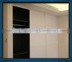 Sliding Louvered Closet Doors Louvered Sliding Closet Door Peytonmeyer Net