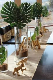 Baby Shower Table Centerpieces by Best 25 Safari Centerpieces Ideas On Pinterest Jungle Party