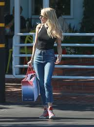 The Week In Celebrity Fashion by Celebrity Denim Round Up Go Fug Yourself