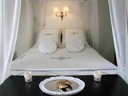 chambre pour nouveau marié une chambre romantique pour des jeunes mariés les chambres de co