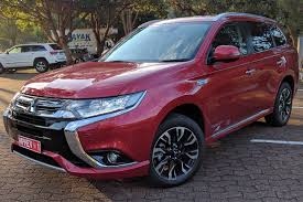 outlander mitsubishi mitsubishi outlander phev exceed 2017 review family test carsguide