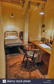 bedroom with desk and telephone in the cabinet war rooms bunker