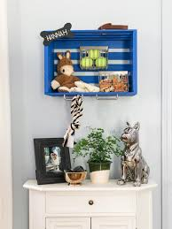 10 tricks for living with pets kids in a small space room