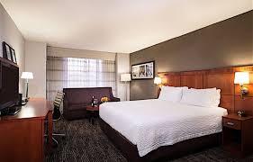 king sofa beds courtyard embassy row rooms u0026 suites courtyard marriott